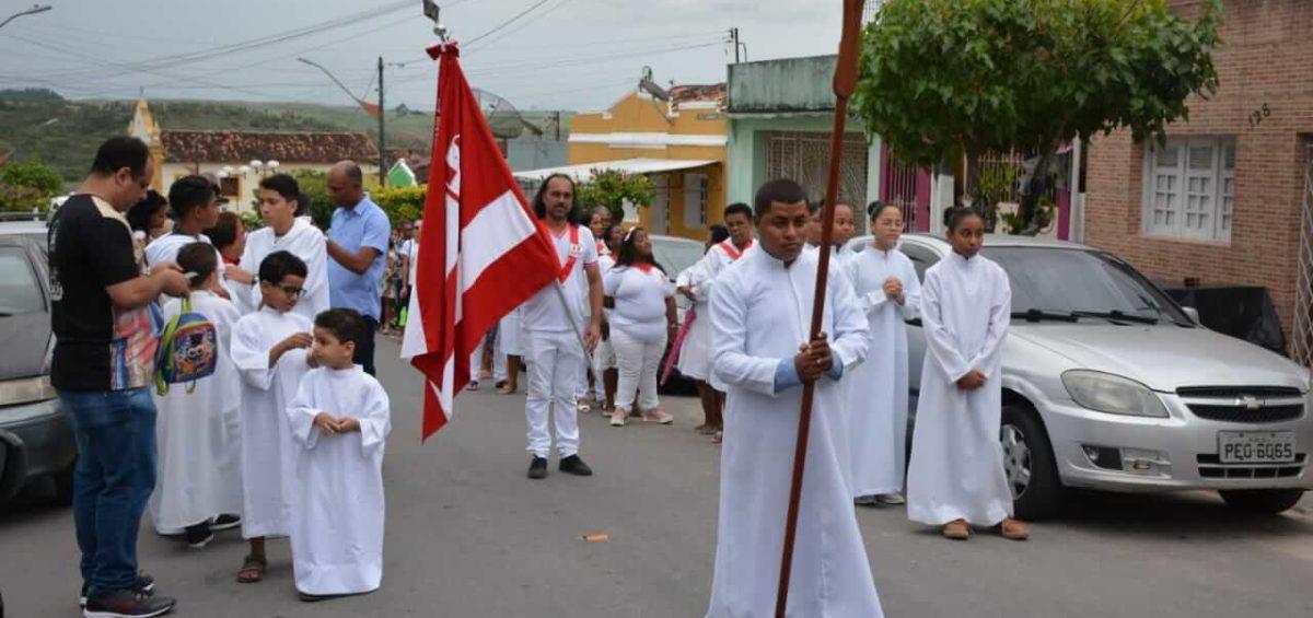 Festa de Santo Cristo atrai milhares de ipojucanos